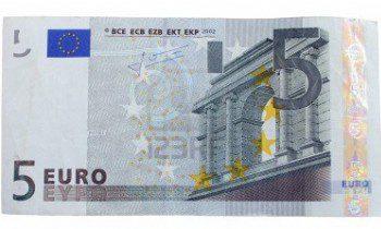 ADRANO: BANCONOTE DA 5 EURO FALSE