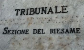 BRONTE: LIBERO L'ANZIANO CHE AGGREDI BADANTE. CASTIGLIONE: INCENDIO IN UNA CASA RURALE
