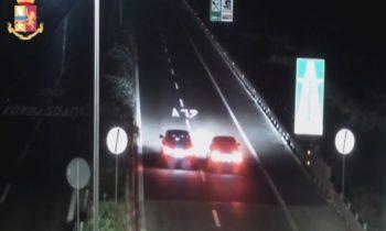 CATANIA: CORSA CLANDESTINA SULLA A19 ESEGUITE PERQUISIZIONI E SEQUESTRATE 2 BMW – IL VIDEO